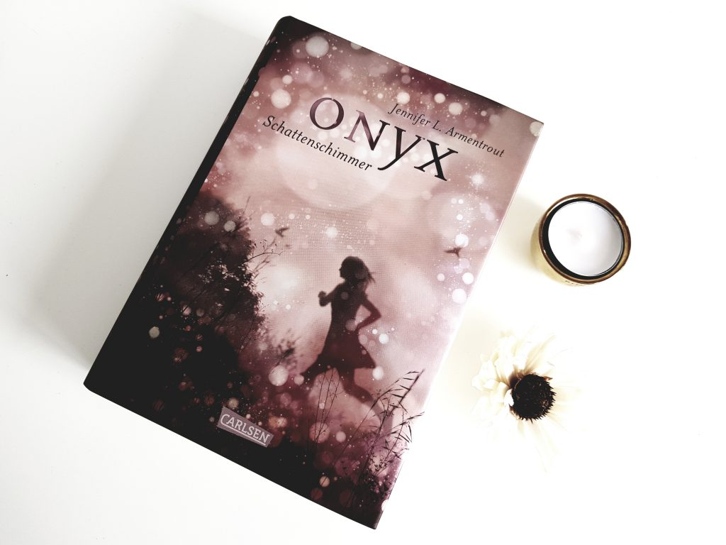 Jennifer L. Armentrout. Onyx.