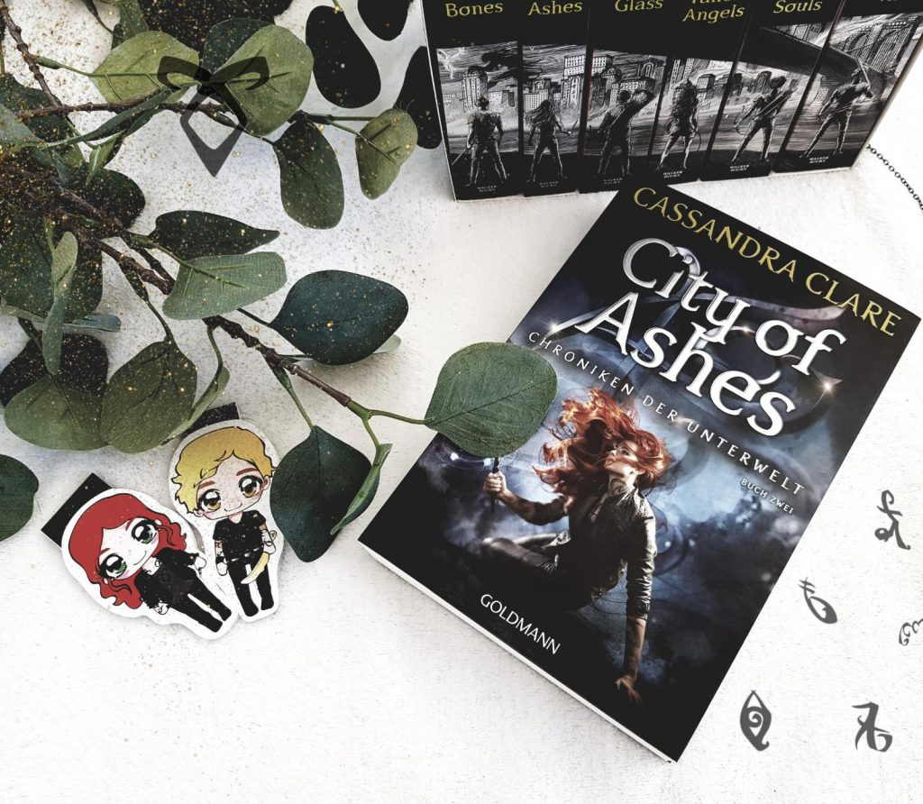 Cassandra Clare – City of Ashes.