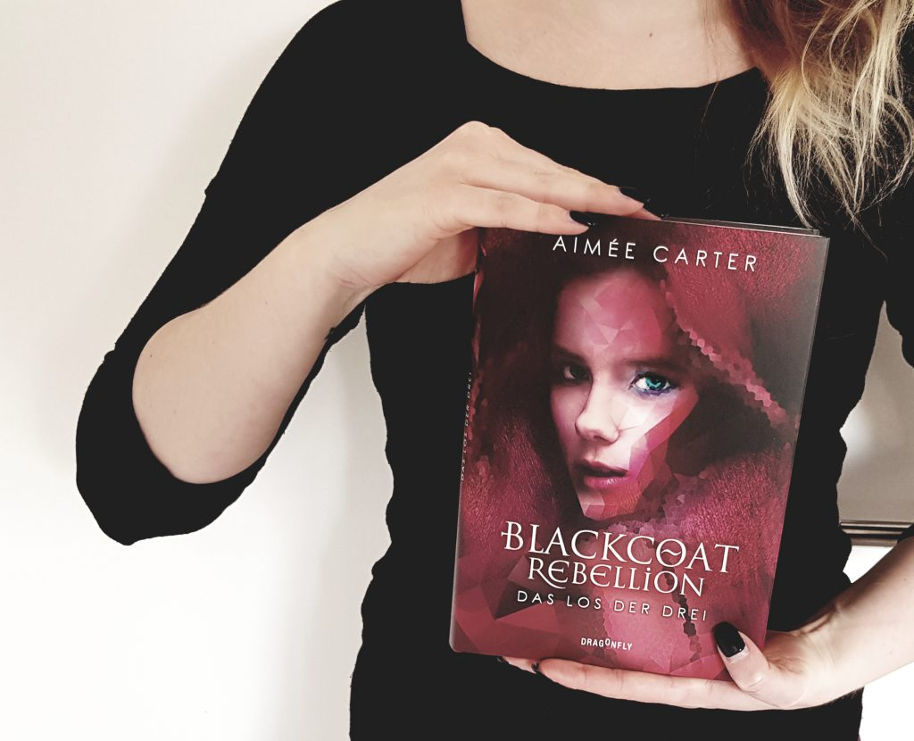 Aimeé Carter – Blackcoat Rebellion. (3)